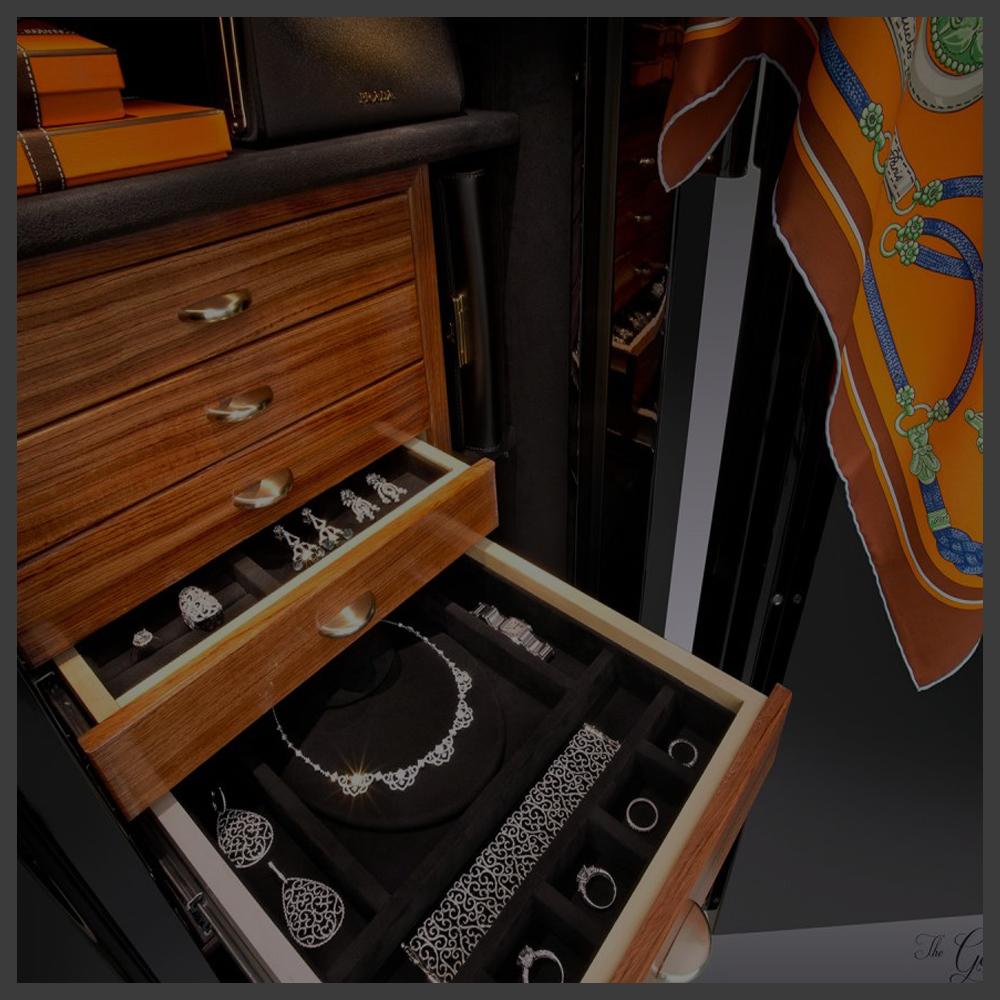 گاوصندوق جواهر